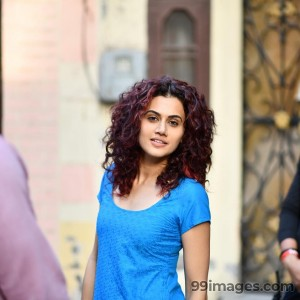Taapsee Pannu Beautiful HD Photoshoot Stills & Mobile Wallpapers HD (1080p)