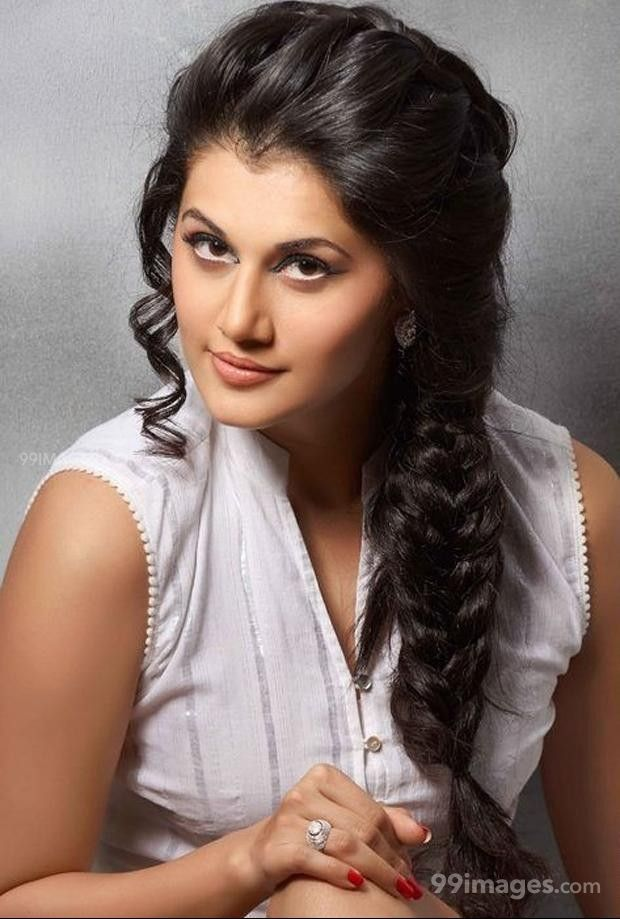Taapsee Pannus latest beautiful stills in HD Quality (1080p) (325271) - Taapsee Pannu