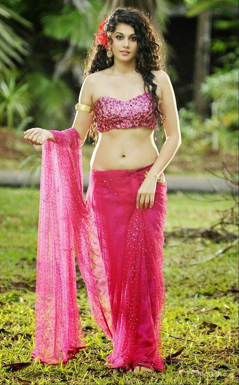 Taapsee Pannus latest beautiful stills in HD Quality (1080p) (325286) - Taapsee Pannu