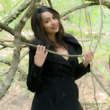 Tejaswi Madivada Hot HD Photos & Wallpapers for mobile Download, WhatsApp DP (1080p)