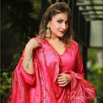 Urvashi Dholakia  Hot HD Photos & Wallpapers for mobile (1080p)