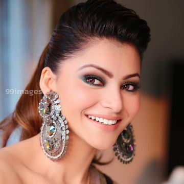 Urvashi Rautela Beautiful Photos & Mobile Wallpapers HD (Android/iPhone) (1080p) - #36345