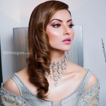 Urvashi Rautela Beautiful Photos & Mobile Wallpapers HD (Android/iPhone) (1080p) - #36271