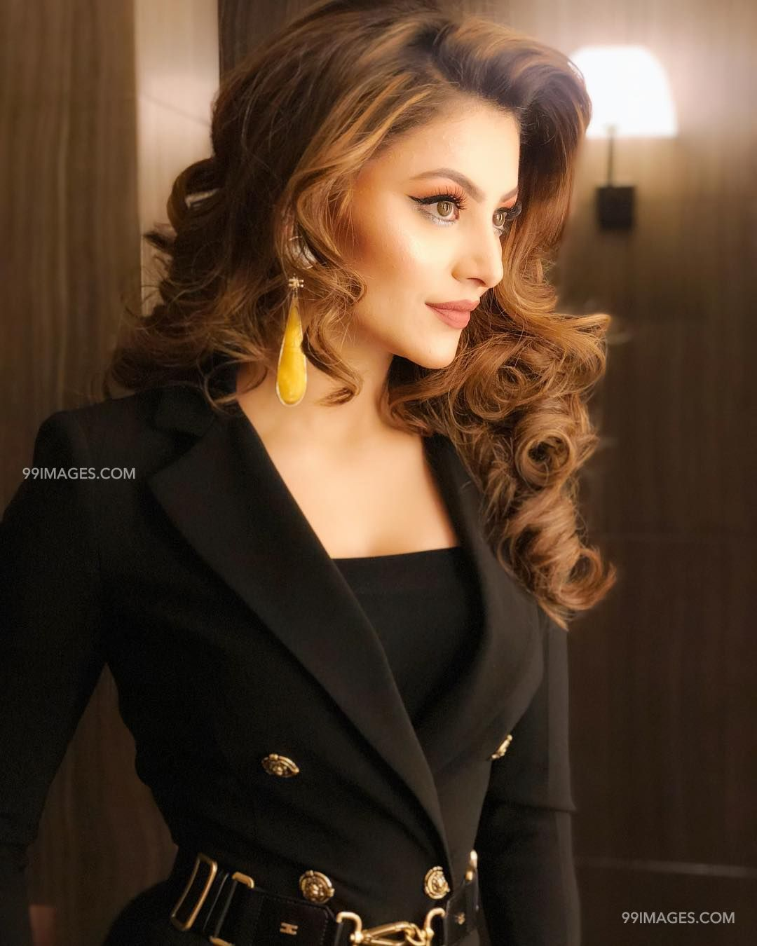 Urvashi Rautela Beautiful Photos & Mobile Wallpapers HD (Android/iPhone) (1080p) (36322) - Urvashi Rautela