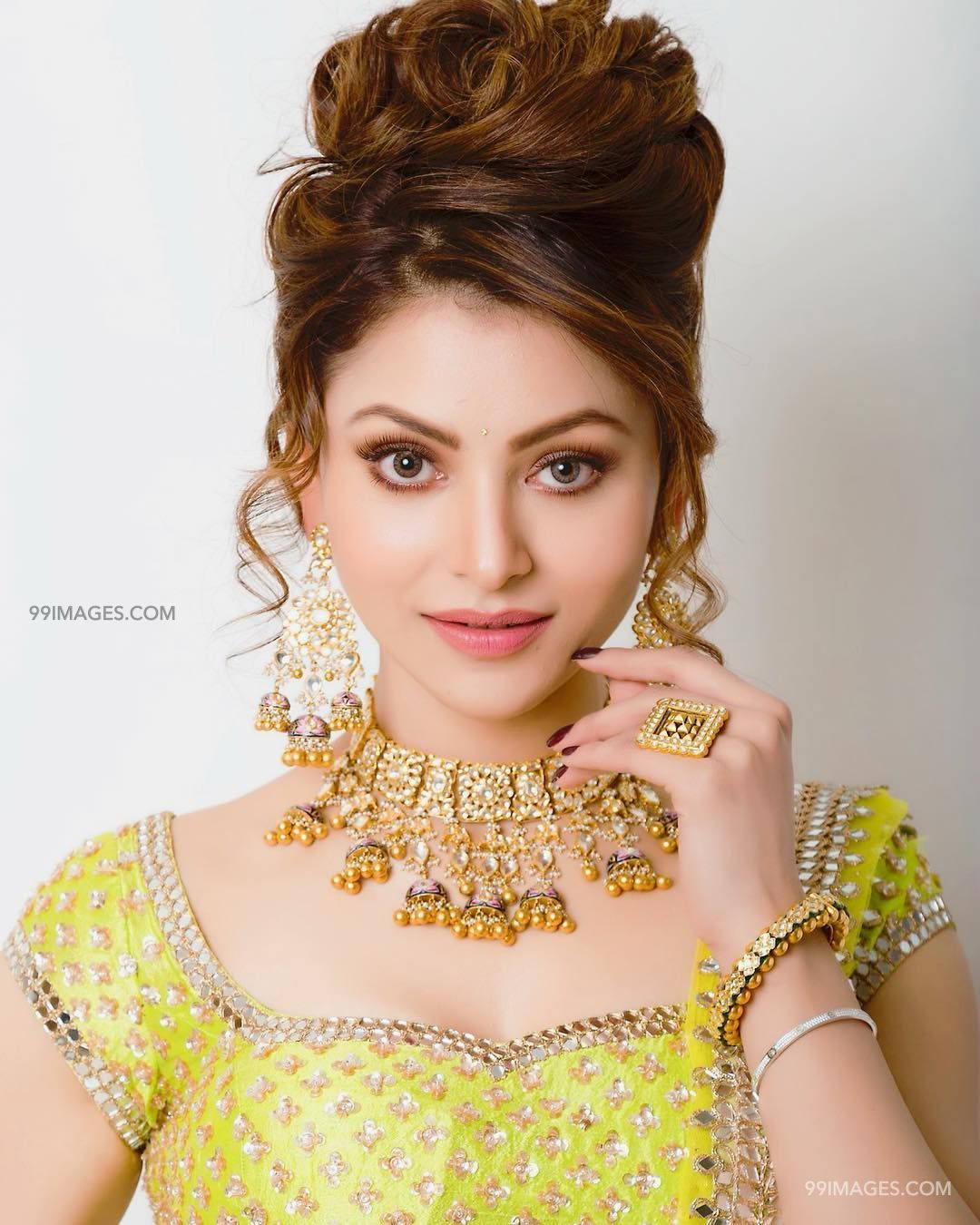 Urvashi Rautela Beautiful Photos & Mobile Wallpapers HD (Android/iPhone) (1080p) (36204) - Urvashi Rautela