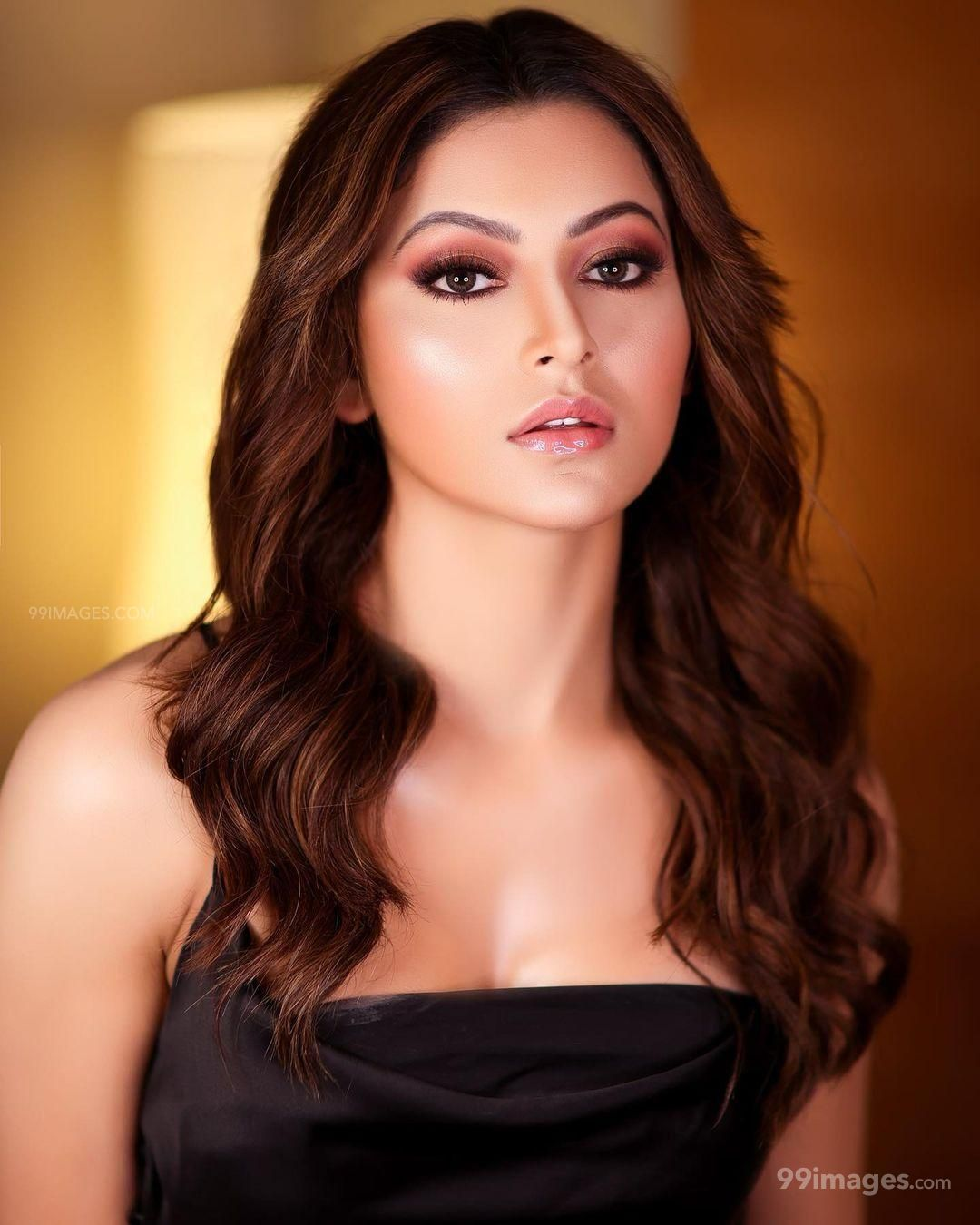 Urvashi Rautela Beautiful Photos & Mobile Wallpapers HD (Android/iPhone) (1080p) (631380) - Urvashi Rautela