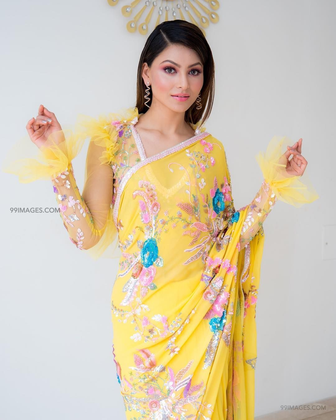 Urvashi Rautela Beautiful Photos & Mobile Wallpapers HD (Android/iPhone) (1080p) (36317) - Urvashi Rautela
