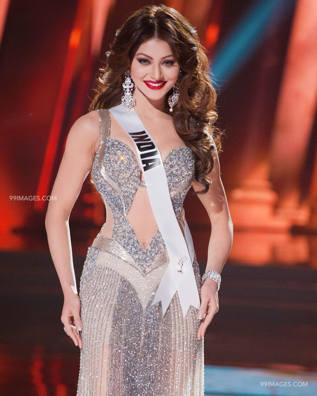 Urvashi Rautela Beautiful Photos & Mobile Wallpapers HD (Android/iPhone) (1080p) (36279) - Urvashi Rautela