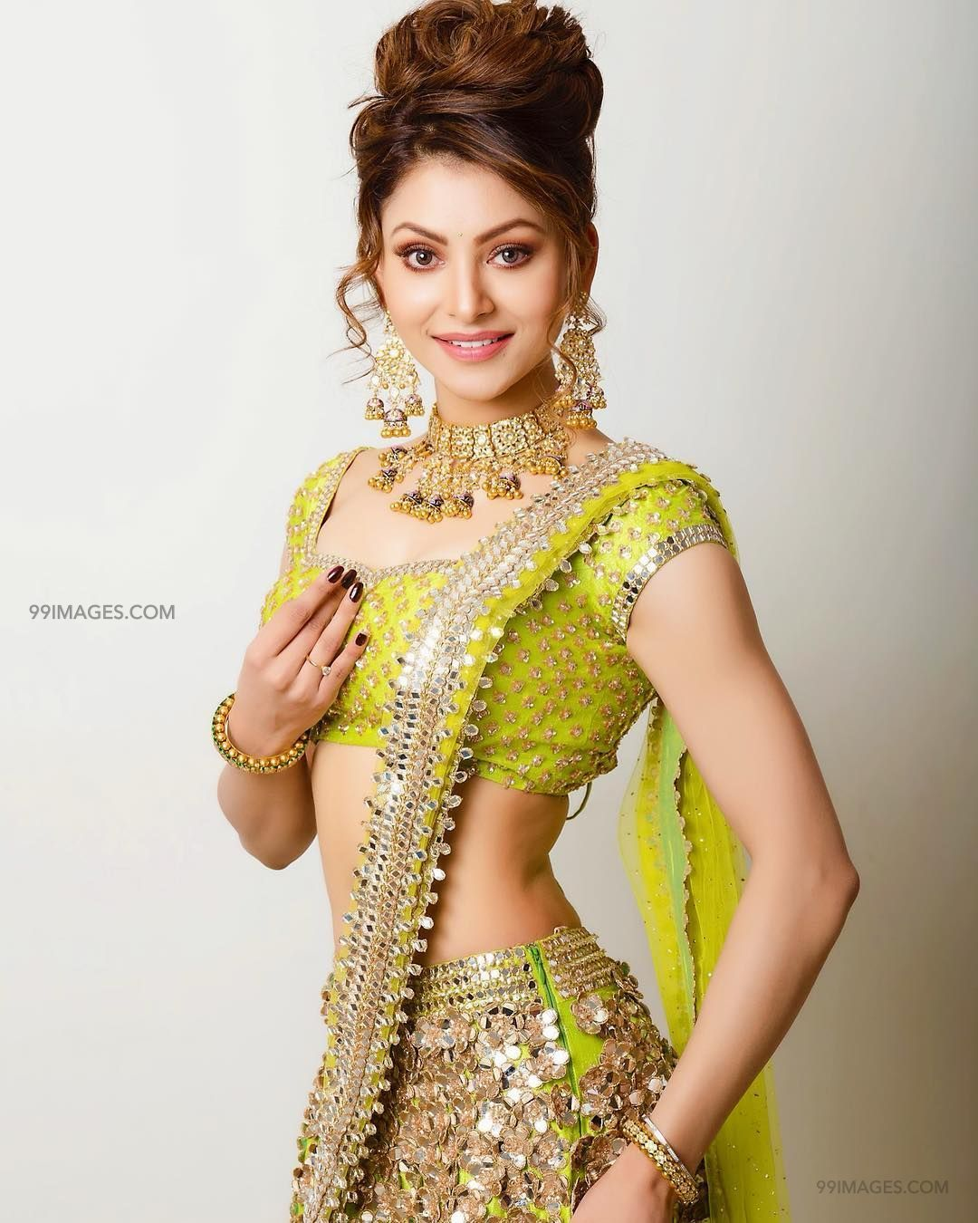 Urvashi Rautela Beautiful Photos & Mobile Wallpapers HD (Android/iPhone) (1080p) (36207) - Urvashi Rautela