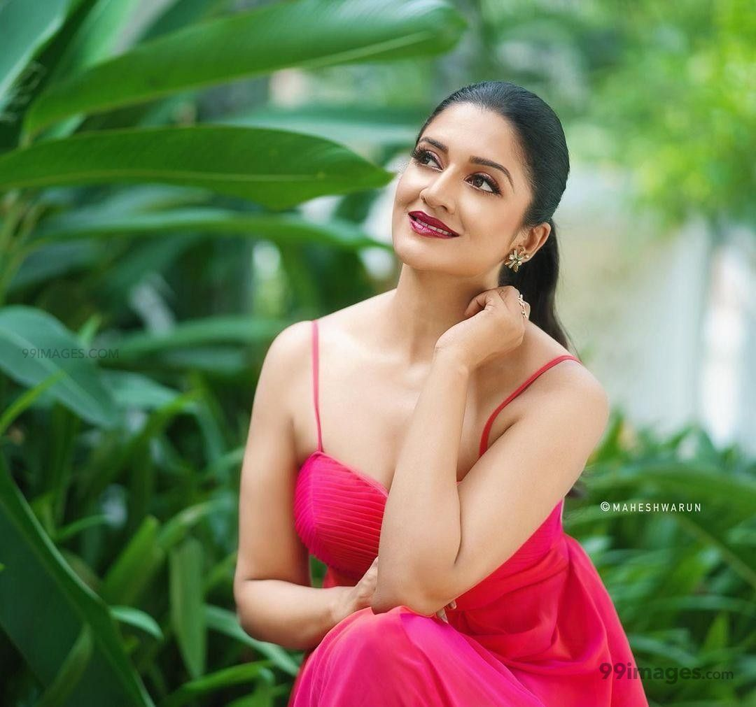Vimala Raman Beautiful Photos & Mobile Wallpapers HD (Android/iPhone) (1080p)