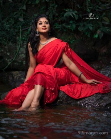 Vindhuja Vikraman Hot HD Photos & Mobile Wallpapers (1080p)