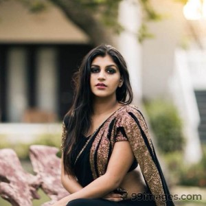 Yashika Anand Hot HD Photos (1080p)