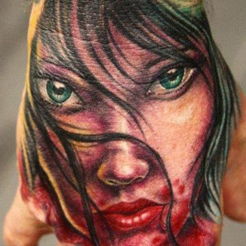 Vampire Hand Tattoo Design For Women (female)