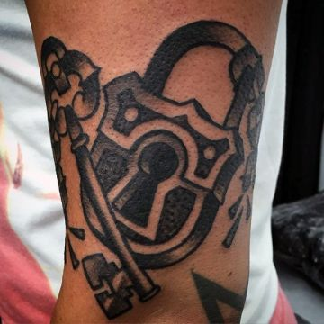 Ink Simple Black Key Lock Arm Tattoo Design