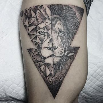 Ink Black Lion Head Tattoo Design