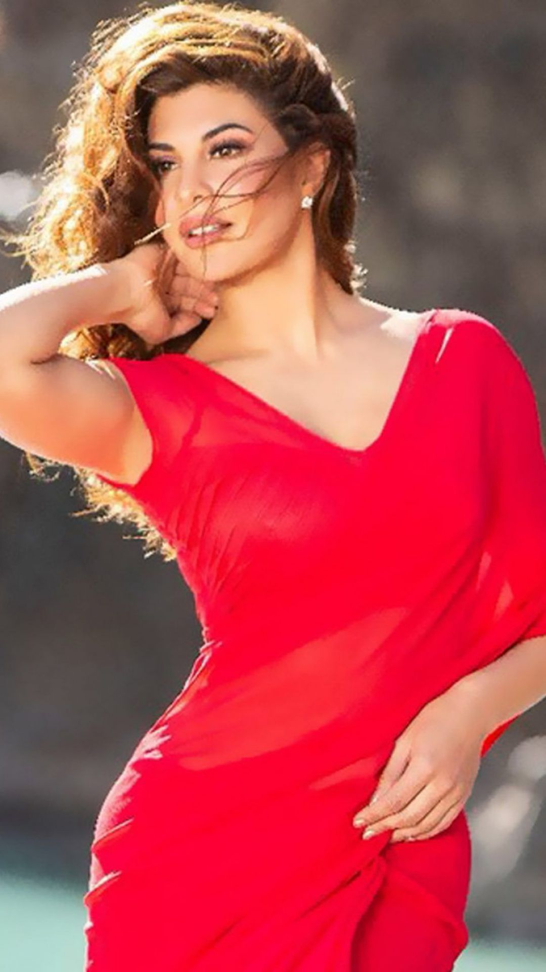 Download Jacqueline Fernandez Stunning Red Dress In Race 3 - Android / iPhone HD Wallpaper Background Download