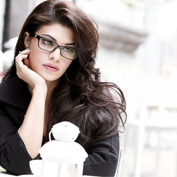 Jacqueline Fernandez HD Image : Get Free top quality - Android / iPhone HD Wallpaper Background Download